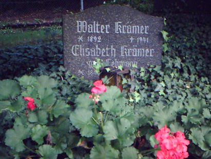 Hermelsbacher Friedhof, Walter Krämer-Grabstätte